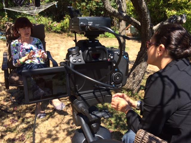 Tassiana Mello em entrevista nos EUA (divulgação)